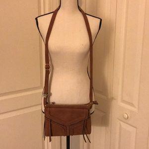 Medium brown crossbody bag